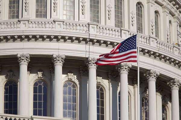 5 Respuestas a Preguntas Frecuentes Acerca de la Cámara de Comercio